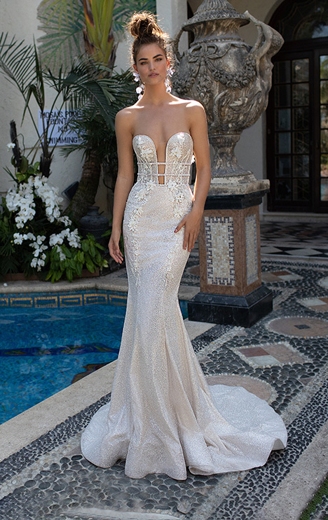 19-06 gown from the 2019 Berta Bridal collection, as seen on Bride.Canada