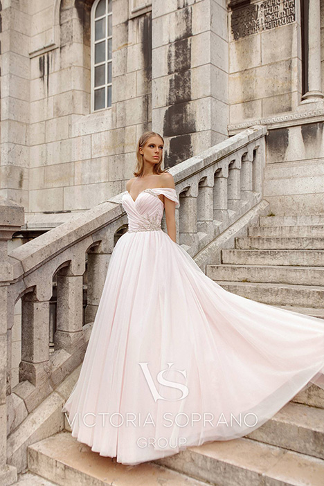 Estel gown from the 2019 Victoria Soprano collection, as seen on Bride.Canada