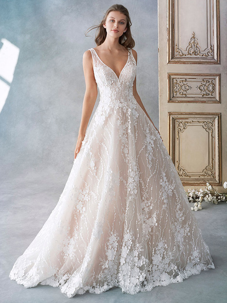 1789 gown from the 2018 Kenneth Winston collection, as seen on Bride.Canada