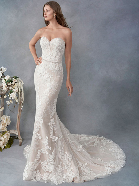 1790 gown from the 2018 Kenneth Winston collection, as seen on Bride.Canada