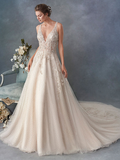 1792 gown from the 2018 Kenneth Winston collection, as seen on Bride.Canada
