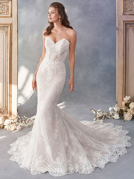 1795 gown from the 2018 Kenneth Winston collection, as seen on Bride.Canada