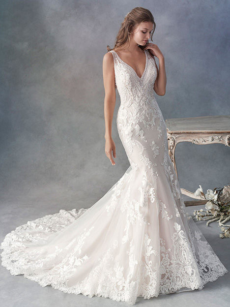 1801 gown from the 2018 Kenneth Winston collection, as seen on Bride.Canada