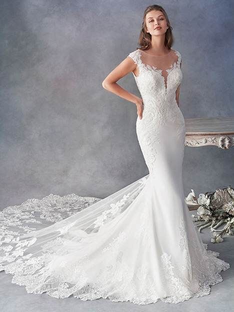 1805 gown from the 2018 Kenneth Winston collection, as seen on Bride.Canada