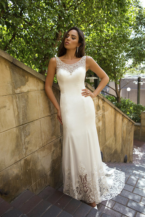 M1810Z Portia gown from the 2018 Mia Solano collection, as seen on Bride.Canada