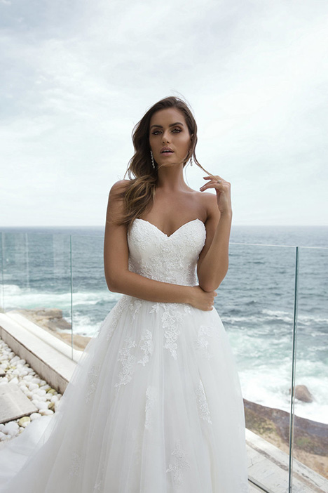 M1856Z Peyton gown from the 2018 Mia Solano collection, as seen on Bride.Canada