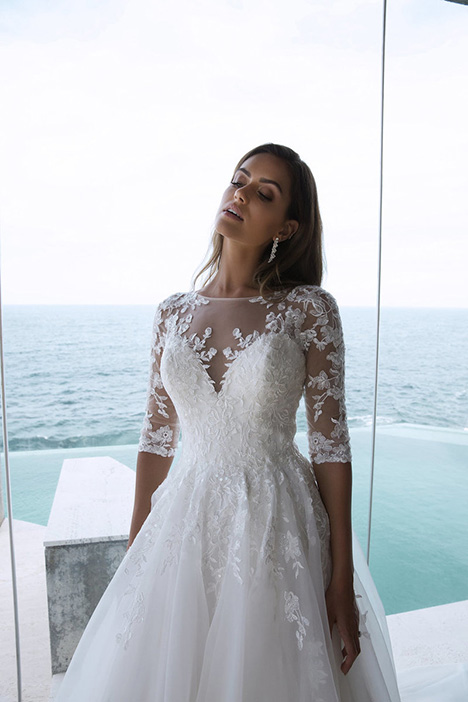 M1861Z Pearle gown from the 2018 Mia Solano collection, as seen on Bride.Canada