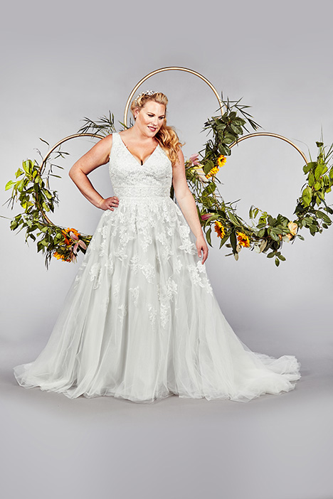 Gloucester gown from the 2019 Callista collection, as seen on Bride.Canada