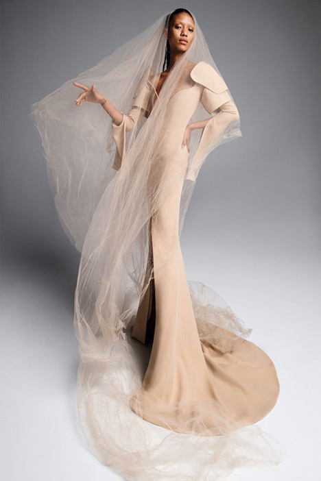 TATIANA gown from the 2019 Vera Wang collection, as seen on Bride.Canada