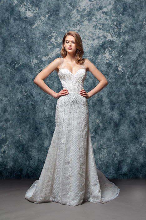 EF804 Gardina gown from the 2018 Enaura Bridal collection, as seen on Bride.Canada