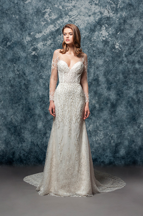 EF812 Ivy  gown from the 2018 Enaura Bridal collection, as seen on Bride.Canada