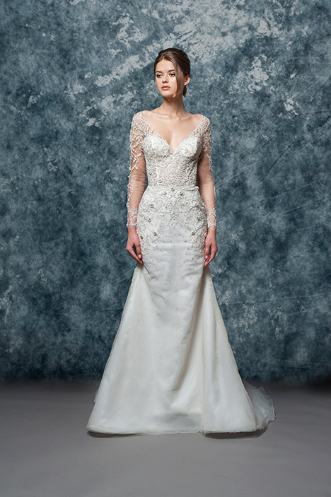 EF813 Ada  gown from the 2018 Enaura Bridal collection, as seen on Bride.Canada