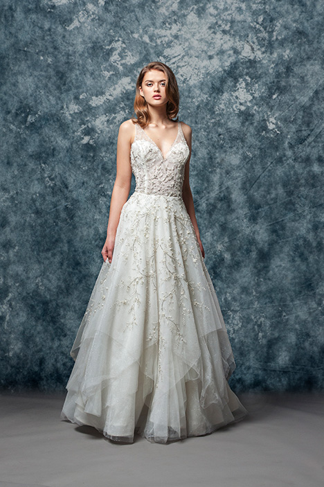 EF816 Jardin  gown from the 2018 Enaura Bridal collection, as seen on Bride.Canada