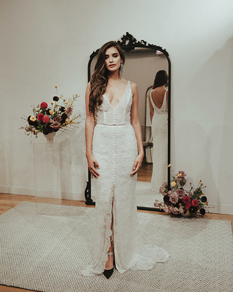 Royale gown from the 2018 Sarah Seven collection, as seen on Bride.Canada