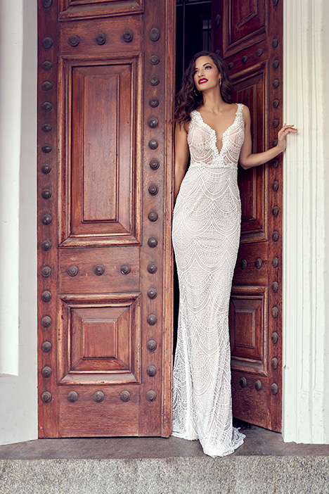 ZB 253 gown from the 2019 Zavana Bridal collection, as seen on Bride.Canada