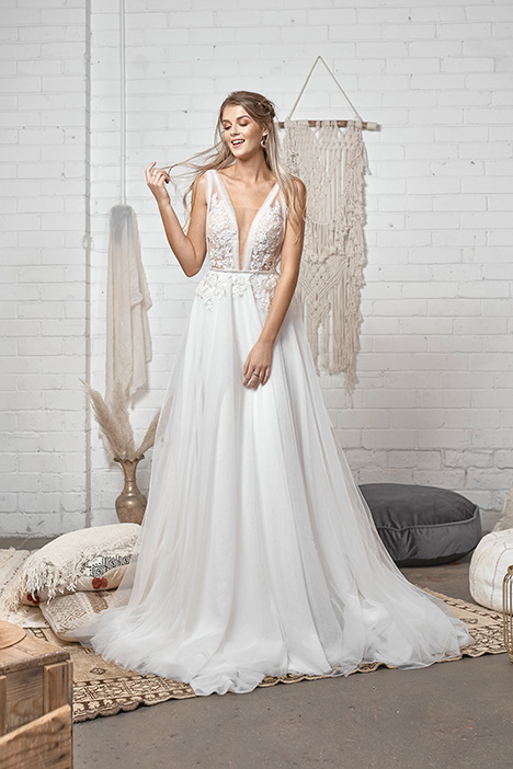 WA 6081 gown from the 2019 White April collection, as seen on Bride.Canada