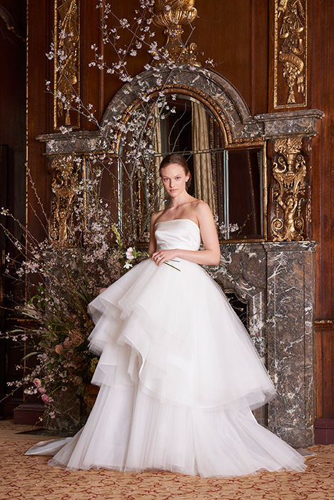 Moda gown from the 2019 Monique Lhuillier collection, as seen on Bride.Canada