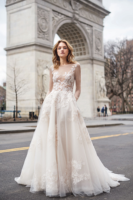 BL19119 gown from the 2019 Monique Lhuillier: Bliss collection, as seen on Bride.Canada