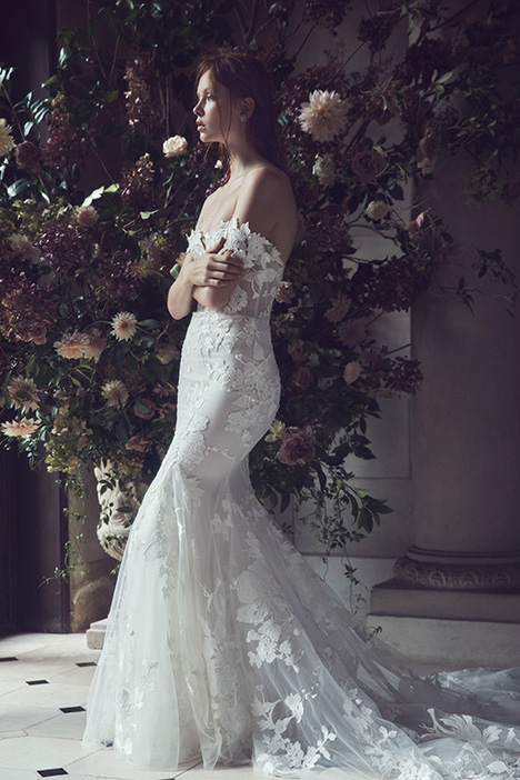 Willow gown from the 2019 Monique Lhuillier collection, as seen on Bride.Canada