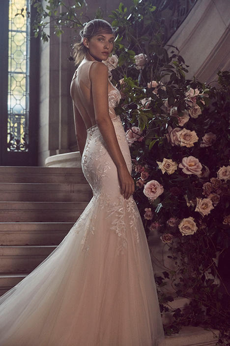BL19219 gown from the 2019 Monique Lhuillier: Bliss collection, as seen on Bride.Canada