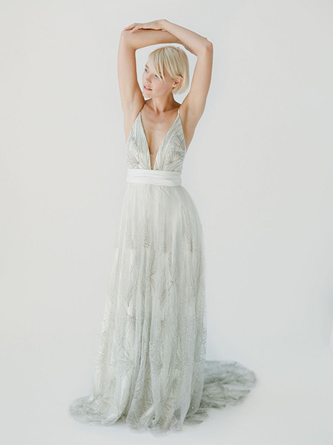 Kyra gown from the 2019 Truvelle collection, as seen on Bride.Canada