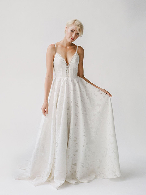 Meredith gown from the 2019 Truvelle collection, as seen on Bride.Canada