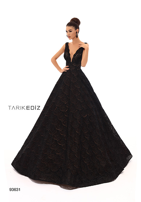 93631 gown from the 2019 Tarik Ediz: Evening Dress collection, as seen on Bride.Canada