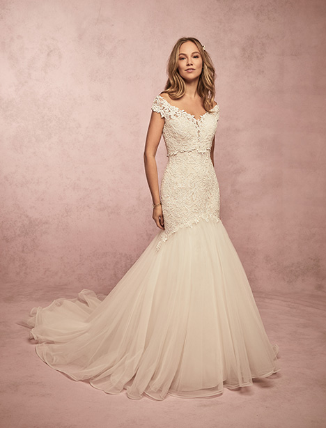 Bliss gown from the 2019 Rebecca Ingram collection, as seen on Bride.Canada
