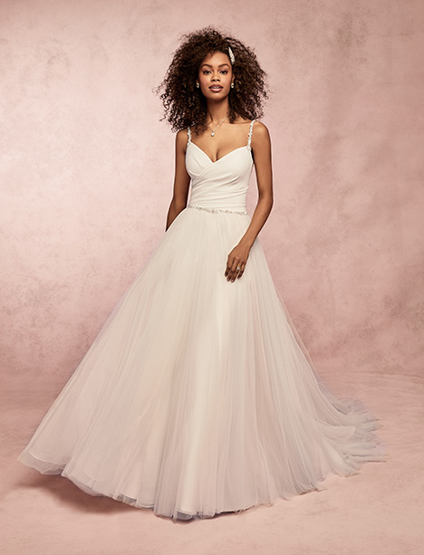 Lizzy gown from the 2019 Rebecca Ingram collection, as seen on Bride.Canada