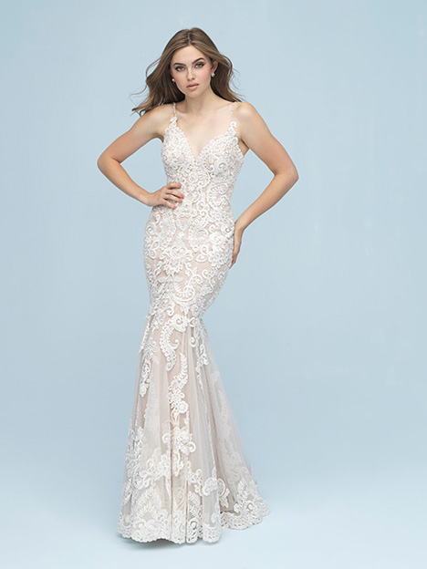 9624 gown from the 2019 Allure Bridals collection, as seen on Bride.Canada