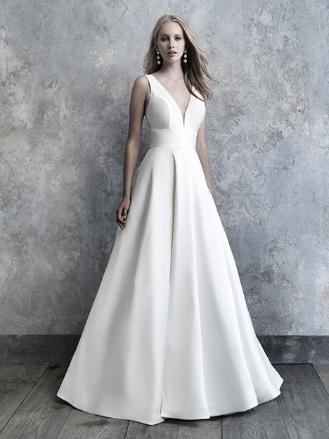 MJ501 gown from the 2019 Madison James collection, as seen on Bride.Canada