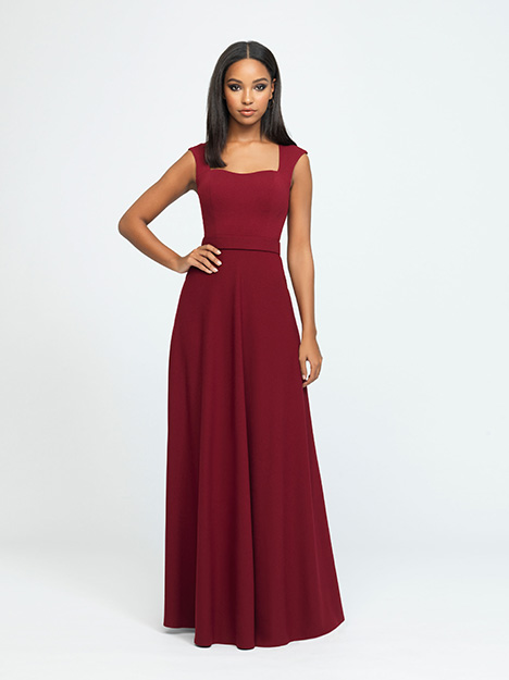 1601 gown from the 2019 Allure Bridesmaids collection, as seen on Bride.Canada