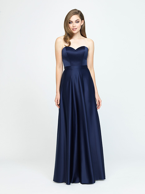 1602 gown from the 2019 Allure Bridesmaids collection, as seen on Bride.Canada