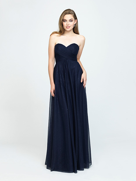 1610 gown from the 2019 Allure Bridesmaids collection, as seen on Bride.Canada