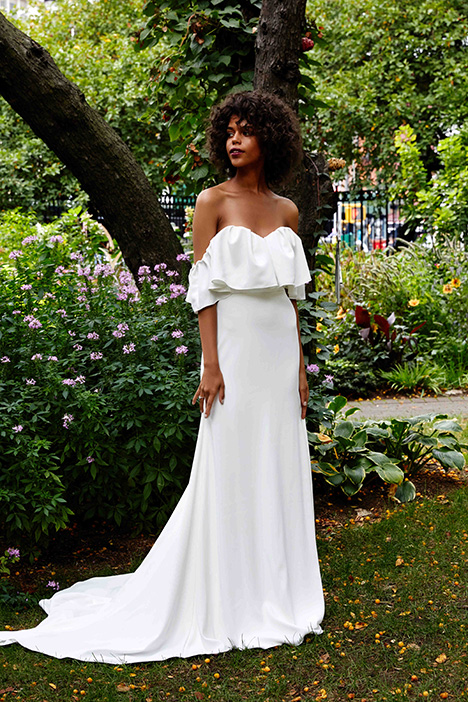 The Newberry gown from the 2019 Lela Rose collection, as seen on Bride.Canada