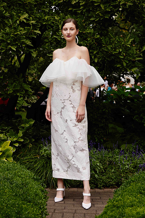 The Pearson gown from the 2019 Lela Rose collection, as seen on Bride.Canada