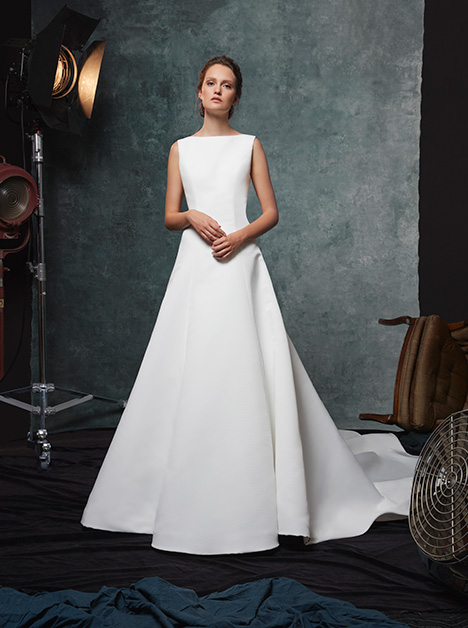 Dakota gown from the 2019 Sareh Nouri collection, as seen on Bride.Canada