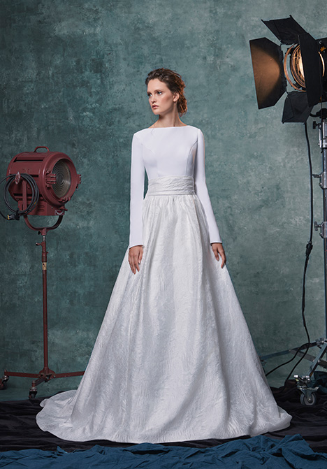 Reese gown from the 2019 Sareh Nouri collection, as seen on Bride.Canada