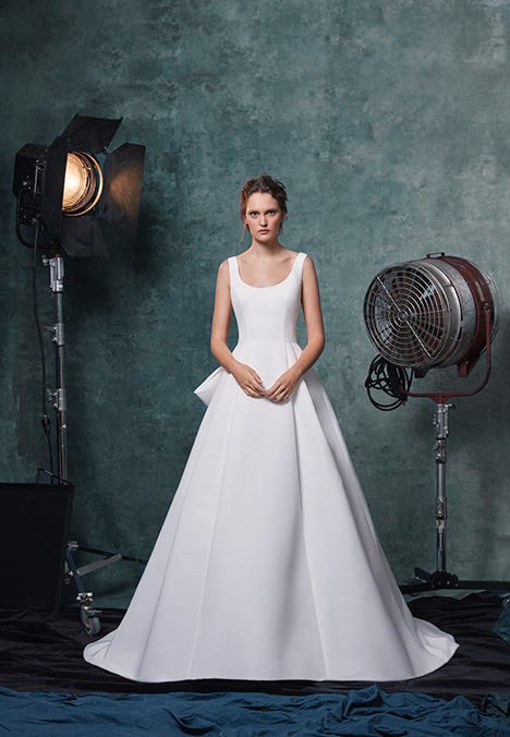 Meryl gown from the 2019 Sareh Nouri collection, as seen on Bride.Canada