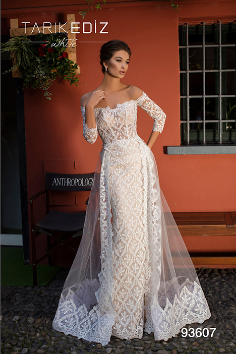 93607 gown from the 2019 Tarik Ediz: White collection, as seen on Bride.Canada
