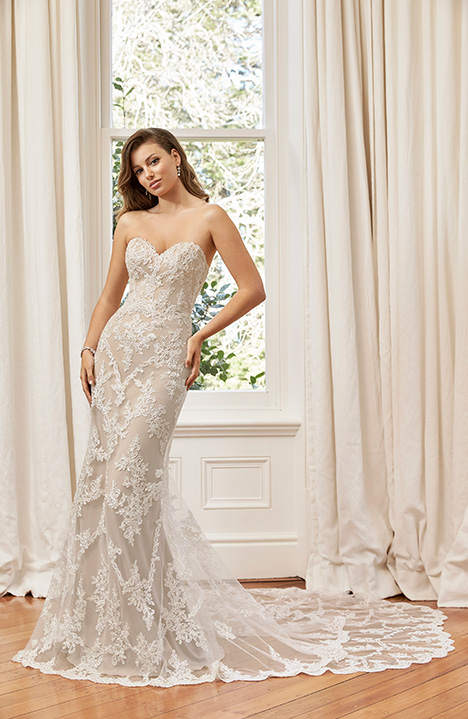 Y11946A gown from the 2019 Sophia Tolli collection, as seen on Bride.Canada