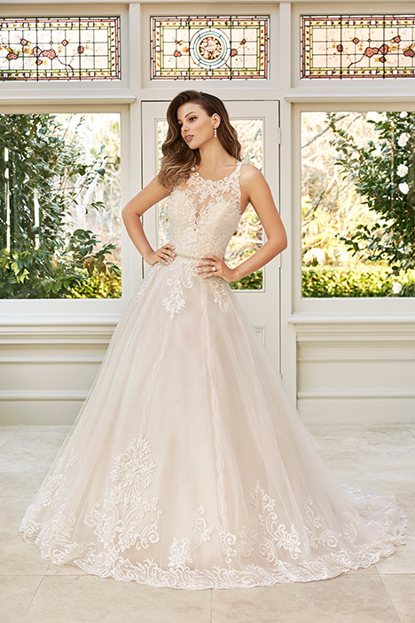 McKenna gown from the 2019 Sophia Tolli collection, as seen on Bride.Canada