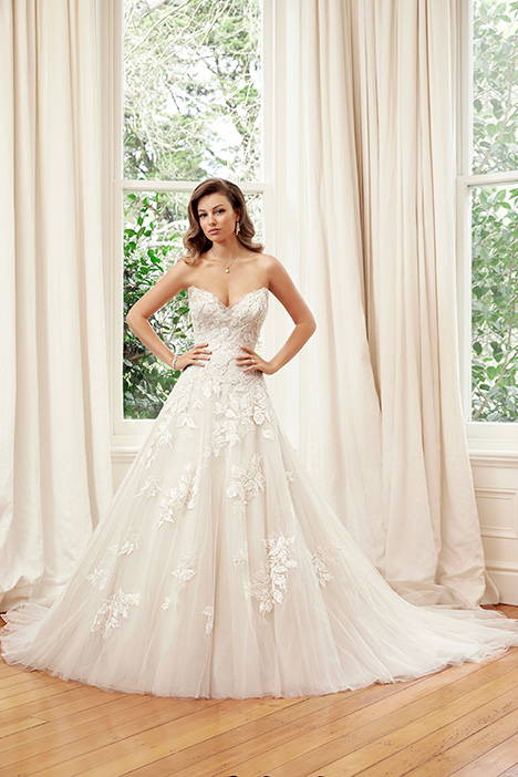 Y11953 gown from the 2019 Sophia Tolli collection, as seen on Bride.Canada