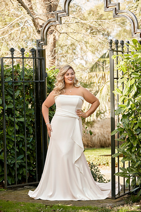 Y11955 + gown from the 2019 Sophia Tolli collection, as seen on Bride.Canada