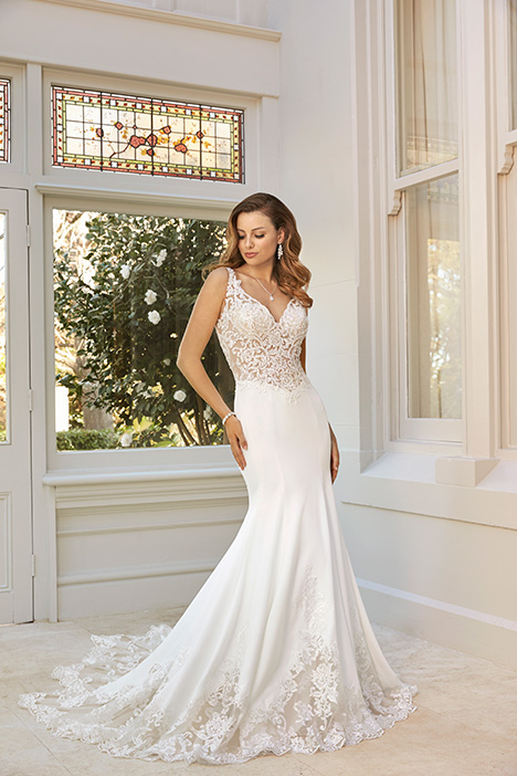 Abigail gown from the 2019 Sophia Tolli collection, as seen on Bride.Canada