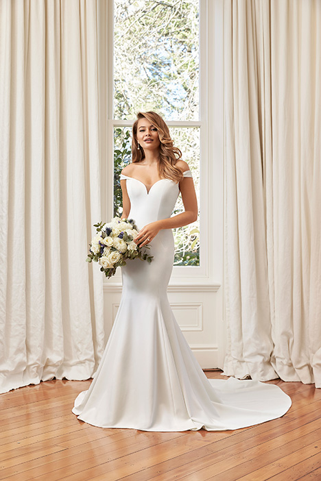 Simone gown from the 2019 Sophia Tolli collection, as seen on Bride.Canada