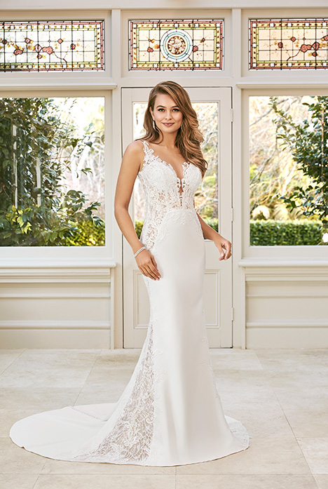 Rayna gown from the 2019 Sophia Tolli collection, as seen on Bride.Canada