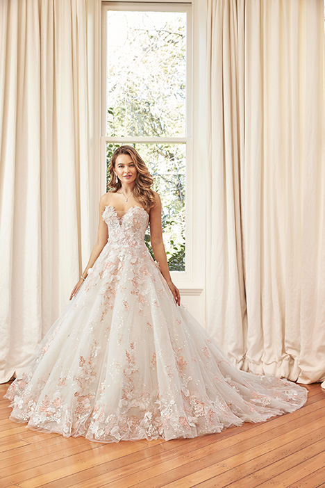 Kaia gown from the 2019 Sophia Tolli collection, as seen on Bride.Canada