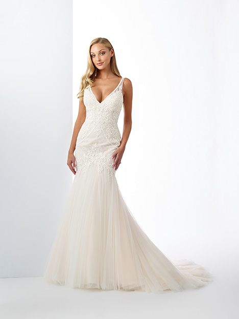 119104 gown from the 2019 Enchanting by Mon Cheri collection, as seen on Bride.Canada