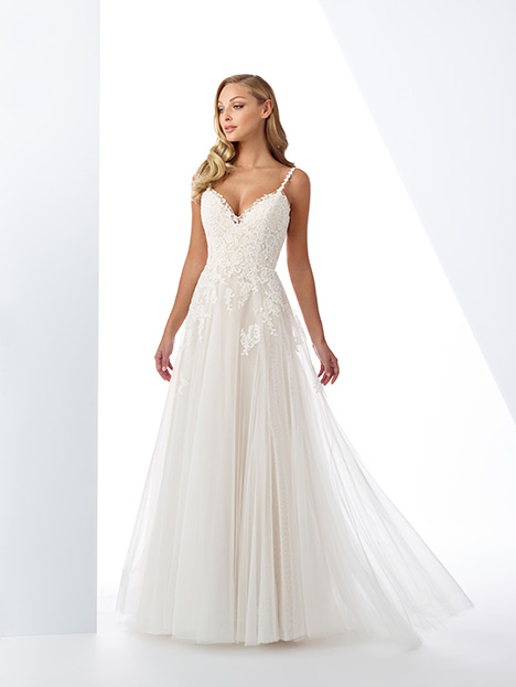 119112 gown from the 2019 Enchanting by Mon Cheri collection, as seen on Bride.Canada